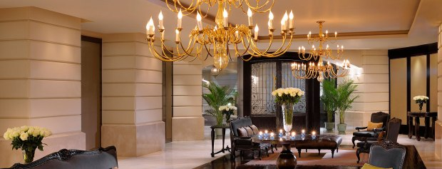 top-25-hotels-bangkok-lebua-lobby-tower-club-luxury-hotels
