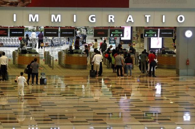 emak-immigration-sg-300514e_2x