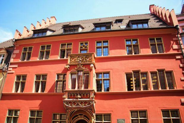 Freiburg_Haus-zum-Walfisch_Copyright-FWTM-Escher-2_front_large